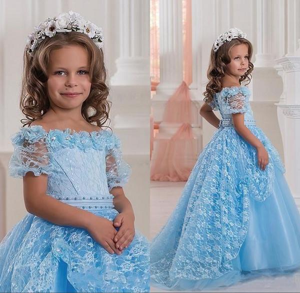 New Sky Blue Off Schultern Cute Baby Mädchen Festzug Kleider Kurzen Ärmeln Blumenspitze Ballkleid Prinzessin Erstkommunion Blumenmädchen Kleid