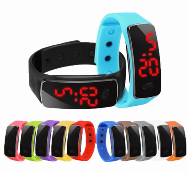 Commercio all'ingrosso New Fashion Sport LED Orologi Candy Jelly uomini donne in gomma siliconica Touch Screen digitale orologi braccialetto orologio da polso
