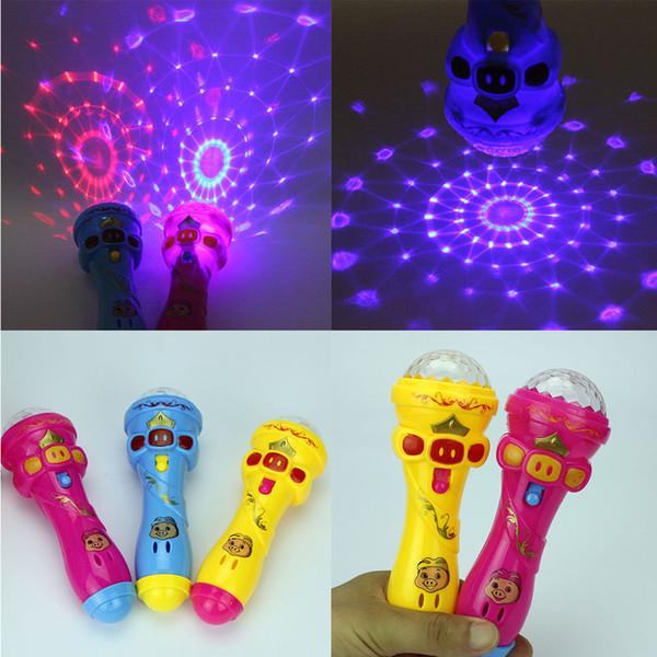 Großhandels-LED blinkende Karaoke-Gesang-Mikrofon-Schwein-Spielzeug-Himmelsterne Projektionskugel-Licht scherzt magischen Stock Lustiges Geschenk für Kinder