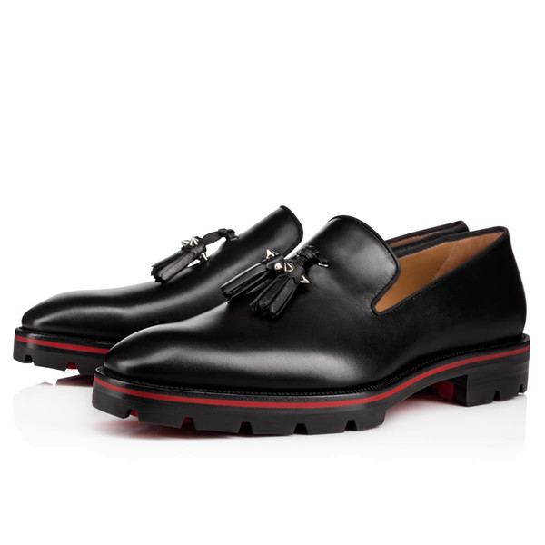 2018 fashion new men dress shoes black leather loafers spike stud formal shoes men business shoes fringe red sole