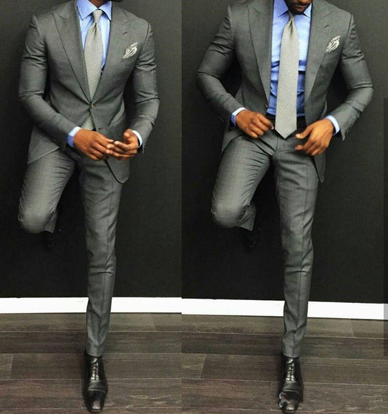 Yeni Klasik Tasarım Damat Smokin Iki Düğme Açık Gri Tepe Yaka Groomsmen İyi Adam Suit Erkek Düğün Takımları (Ceket + Pantolon + Kravat) 555