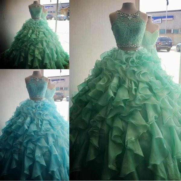 Mint Green Two Pieces Quinceanera Dresses Ruffles Organza Girls Dresses Lace Appliques Crystals Sweet 16 Years Prom Dresses