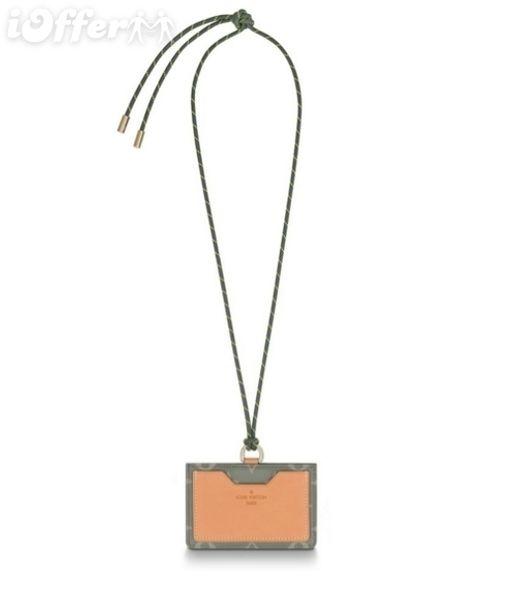 M63234 ERKEKLER KOLYE WORN TITANIUM TUVAL KOSMOS KIMLIK TUTUCU cüzdan çanta Kemer Çanta Mini Çanta Kavramalar Exotics