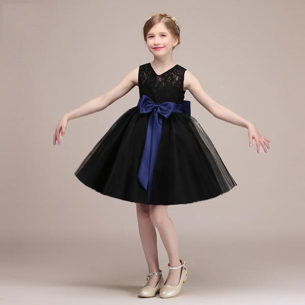 Sweet Black White Lace Tulle Juwel Knie Blumenmädchenkleider Mädchen Pageant Kleider Urlaub Kleider Geburtstag Rock Benutzerdefinierte Größe 2-14 DF626282