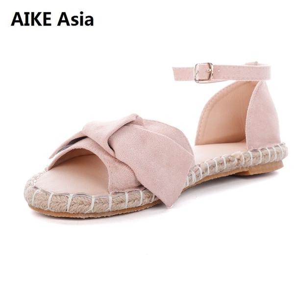 nuevo producto 7e41a 8594e Compre Sandalias De Plataforma 2018 Vintage Elegante Mujer Sandalias Estilo  Del Verano Arco Grande Hebilla Del Tobillo Diseño Talón Plano Zapatos ...