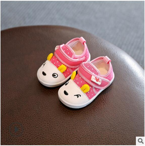 Livraison gratuite 2018 été Baby First walk Chaussures bébé en coton pour enfants Bas souple antidérapant pour enfants 0-1-2 vieux Première promenade 5