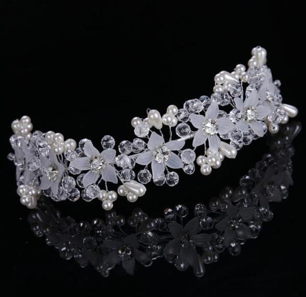 Bride's handmade crystal flower with photo studio and makeup brides wedding accessories Headband