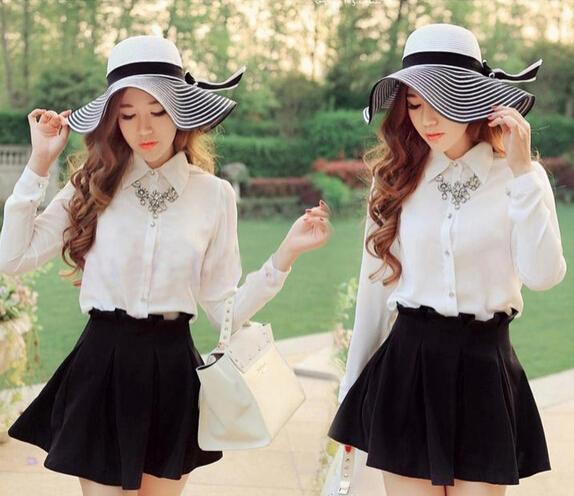 10 шт. / Лот бесплатная доставка корейский стиль женщина черно-белая полоса летняя шляпка женская большой пляж пляж солнцезащитная соломенная шляпа