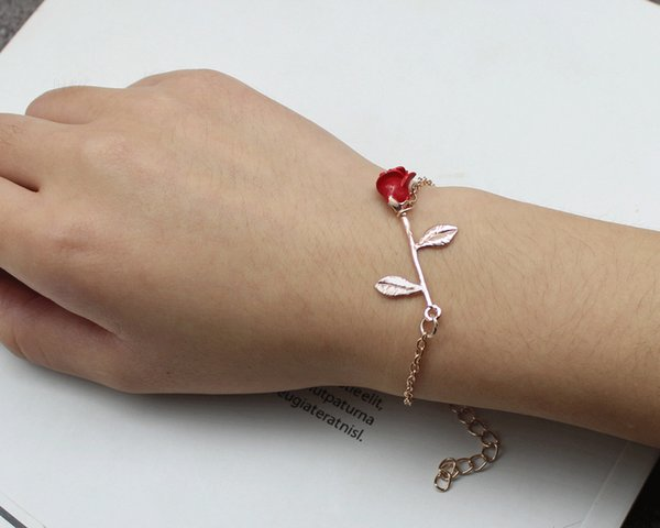 European and American ornaments handmade Rose Red Rose Bracelet give a person roses hand more fragrant European and American style flowers m