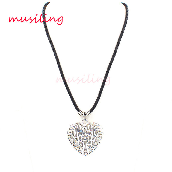 Heart Hollow out Pendants Necklace Chain Jewelry For Women Accessories Metal Reiki Pendulum Amulet Fashion Decorations Gifts
