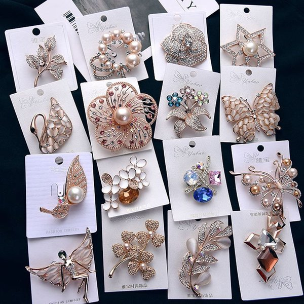 Wholesale Designer Fashion Pins and brooches for women girls Luxury pins rhinestone flower animal crystal plate brooches cheap jewelry
