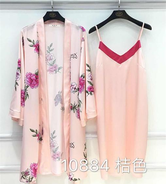 2018 New Spring and Summer Women's Rose Printing Robe Gown Sets Silk Two Piece Pajamas Noble Night Robe Sleepwear Nightwear