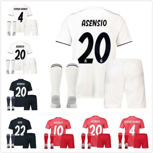 Großhandel 18 19 Real Madrid Kits Erwachsene Fußballtrikots Kits + Socken Uniformen Sets Erwachsene Kits 2018 2019 JAMES BALE ISCO Fußballhemden Von