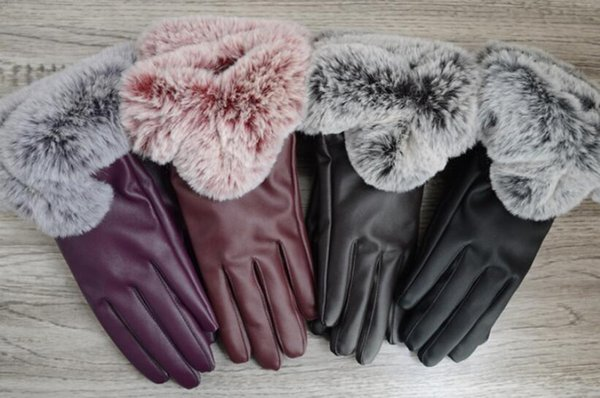 Autumn and Winter ladies touch screen gloves windproof leather warm plus velvet PU leather gloves Five Fingers Gloves