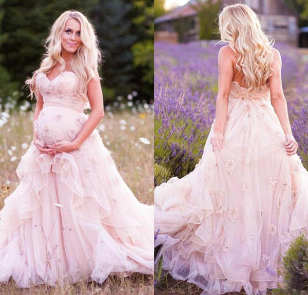 Delicate Pink Flowers Maternity Wedding Dress 2018 Sweetheart Sweep Train 3D Floral Appliques Country Bridal Gowns Plus Size Wedding Dress