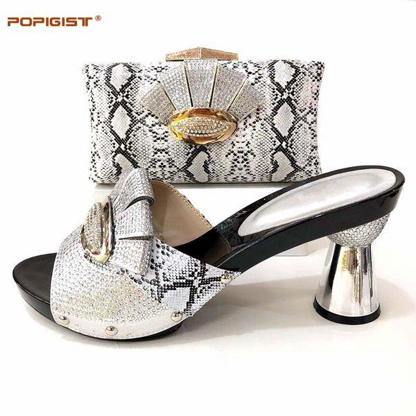 Passenden Großhandel Italienische Femme Tasche Farbe Italien Passend ChaussuresMit Und Größe Set Große Silber Sandalen Taschen F3K1JTulc5