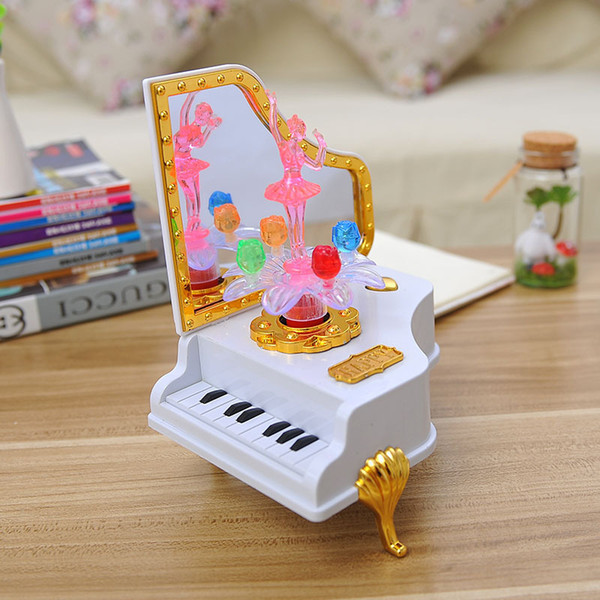The piano music box flash cute girl personalized gift with mirror ornaments gift box for children