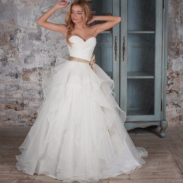 Classic Sweetheart Sleeveless Organza A-line Wedding Dresses with Belt Simple Vestidos de Novia Custom Made Sweep Train Garden Bridal Gown