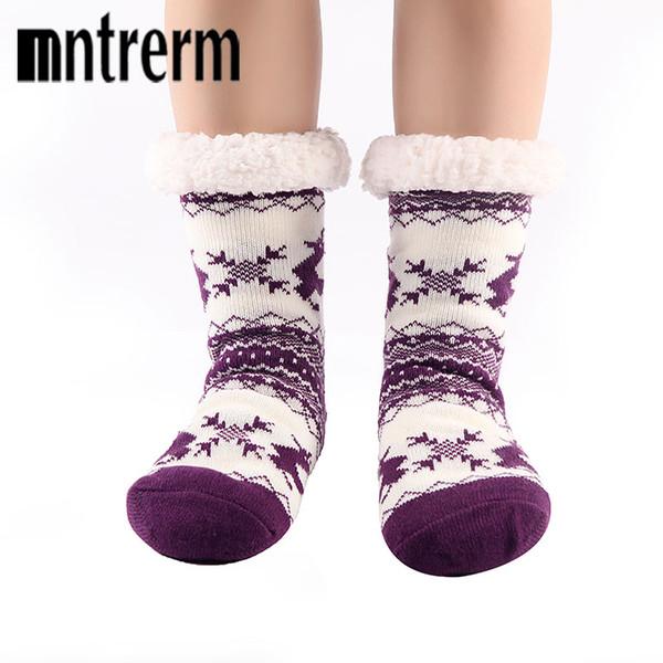 Mntrem 2017 Stil Halten Warmen Boden Socken Cartoon Deer Rutschfeste Winter Zimmer Socken hochwertigen hause schuhe Als Weihnachtsgeschenke