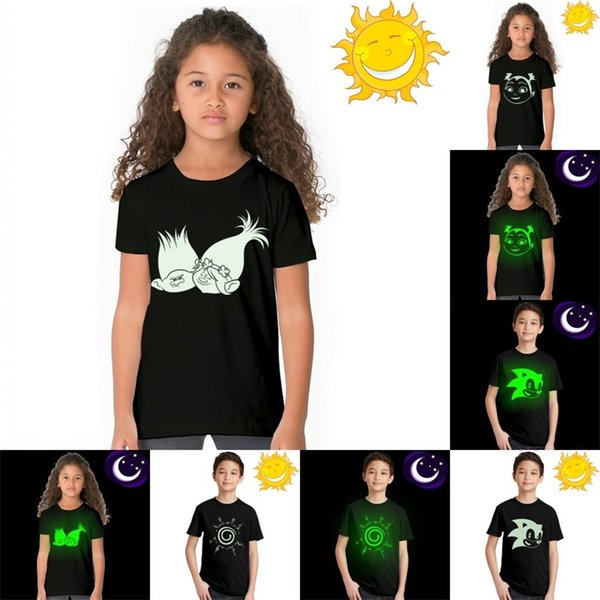 Fluoreszierende leuchtende T-Shirt Sommermode Jungen und Mädchen Top Tee Kinder Kurzarm Glow In Dark 15 5jk C