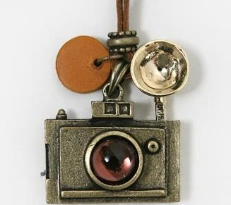 whole saleBS1981 Fashion accessories vintage camera necklace