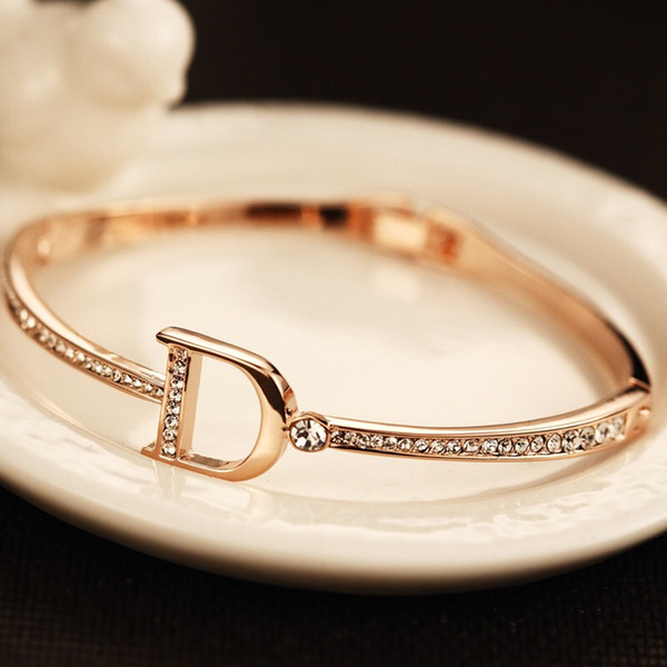 Luxury bracelets Gold Diamond Bangle with D Letter design for women Bracelet with Top zircon brand same style fashion jewelry