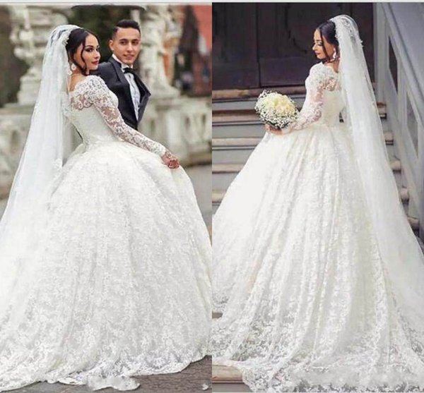 top popular Long Sleeve Lace Wedding Dresses 2018 New Vintage Cheap A Line Bridal Gowns And White Scoop Neckline Wedding Gowns Custom Made 2019