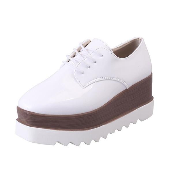 Kadınlar Için yüksek kaliteli Platform Ayakkabı Siyah Platformu Brogues Derby kadın Oxfords Ayakkabı Rahat Bayanlar Yüksekliği Artan Takozlar Ayakkabı Loafer'lar