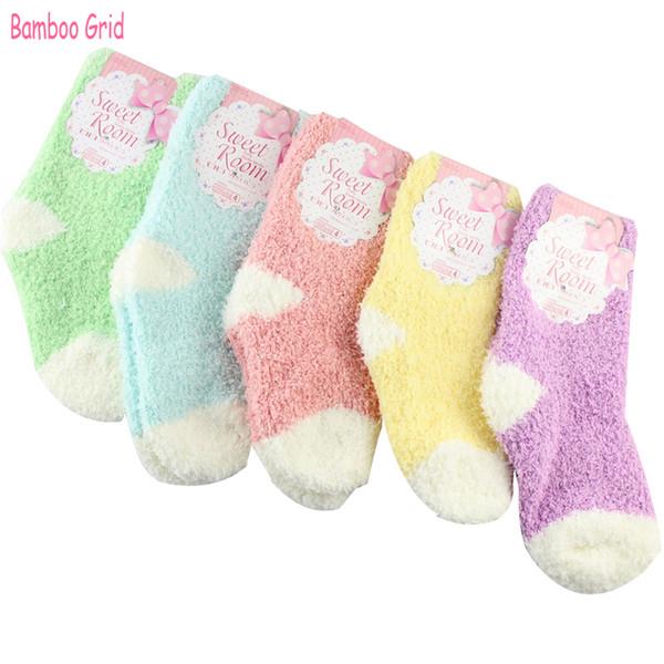 5 paia autunno e inverno più velluto Caldo moda in grado dolci colori caramelle Baby Boy Girls Socks per 0-2 anni Baby Socks