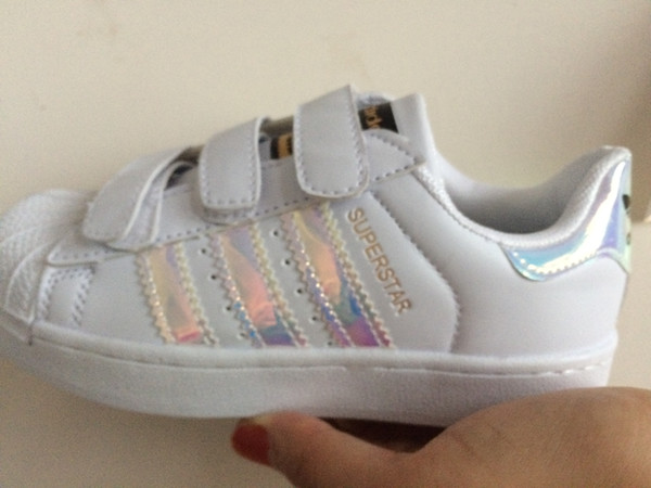 Sapatos de Skate quente do bebê Sapatos Casuais Superstar Sneakers Femininos crianças Zapatillas Deportivas Mujer Amantes Sapatos Femininos crianças sapato