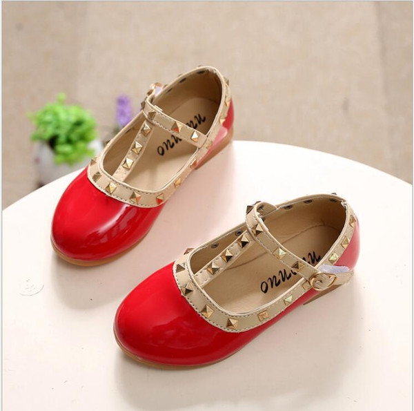 best selling Children Shoes Princess Girls Shoes 2017 Hot Sale Kids Sneakers Patent Leather Fashion Girls Flat Rivet Dance Shoes
