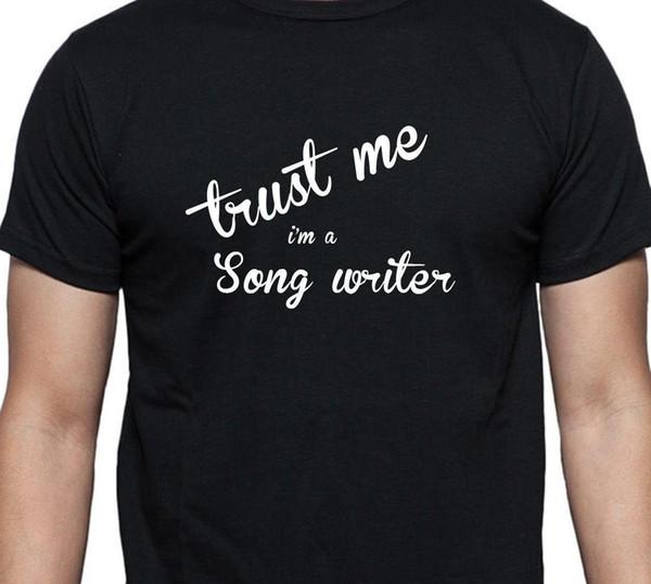 Confiance en moi, je suis un chanteur écrivain