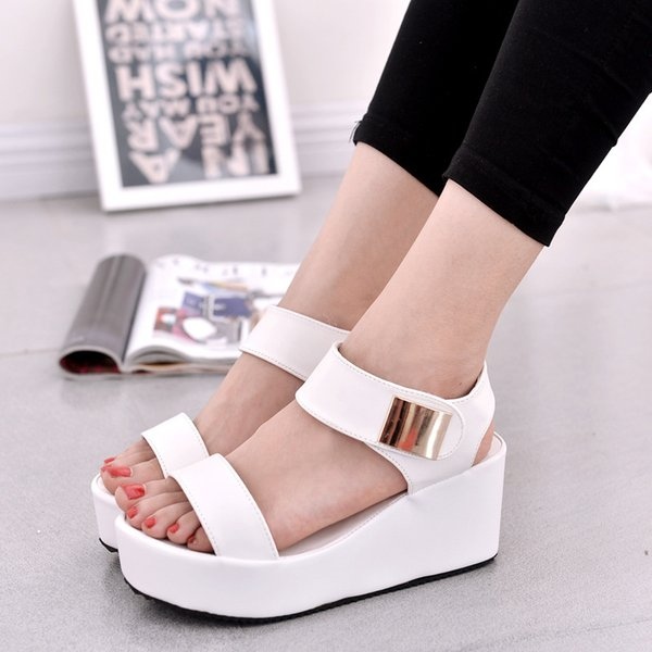 Women Fashion Round Head Roman Sandals Flat Shoes Summer New Korean Muffin Thick Crust Slope with High-heeled Shoes