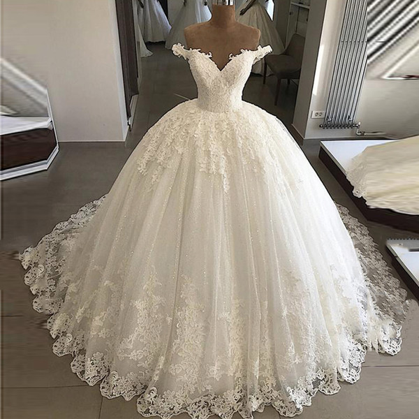 Elegant Muted White Off Shoulder Wedding Ball Gowns Lace Bottom Appliques Bridal Formal Long Puffy Dresses Custom Plus size with Petticoat