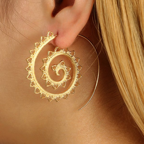 New 1 Pair Fashion Women American Style Personality Earring Round Pattern gear Special Elegant Ladies Simple Vintage Accessories