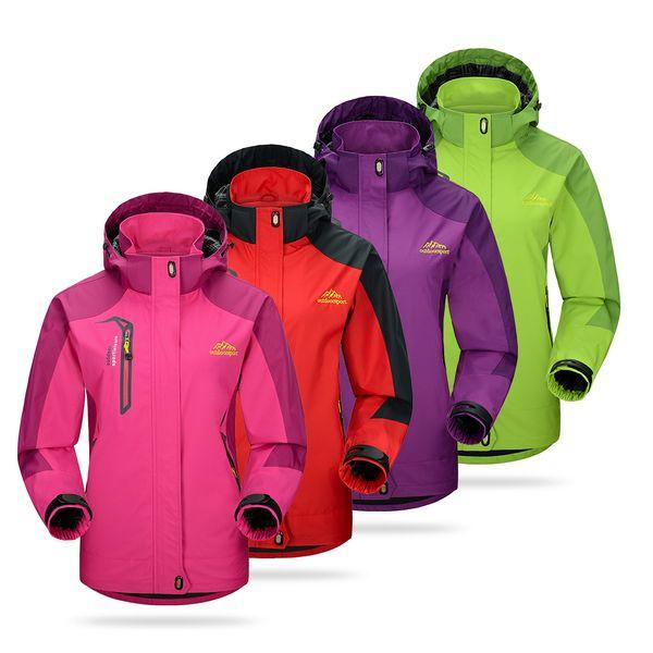 2018 Women Hiking Jackets Winter Outdoor Waterproof Jacket Windproof SoftShell Jacket Sportswear Travel Sports Hooded Coat