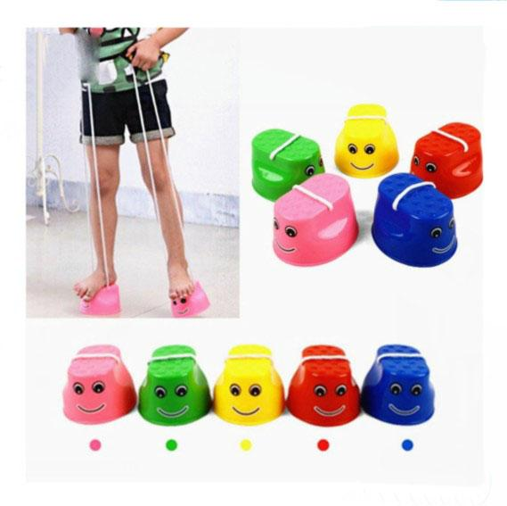 Outdoor Plastic Balance Training Jumping Stilts Shoes Cute Smile Face Children Kids Walker Toy Monster Feet Fun & Sports