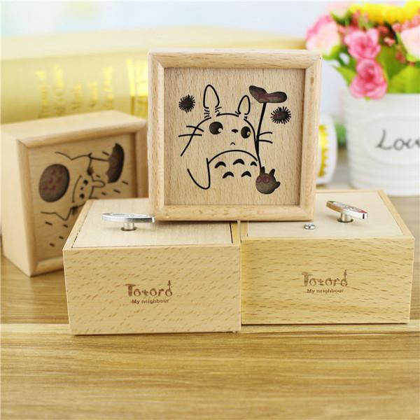 top popular Clockwork Musicbox Birthday gift Totoro Music Boxes wood musical box 2021
