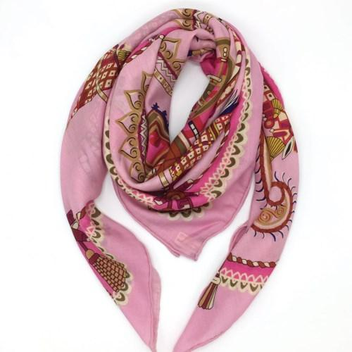 New brand design size 130cm -130cm 100% wool material pink colors square scarves pashmina for women