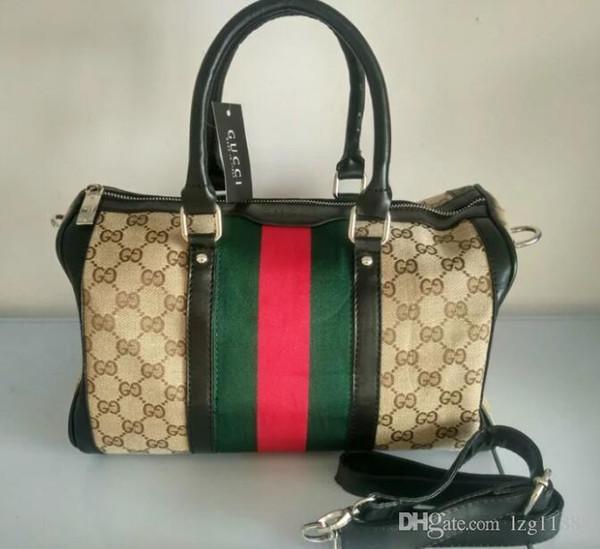 7706e7a157 2018 New Fashion Men Women Travel Bag Duffle Bag