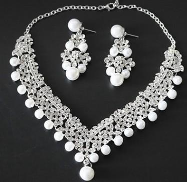 wonderful natural pearl diamond lady's necklace earings set (15) ghgh