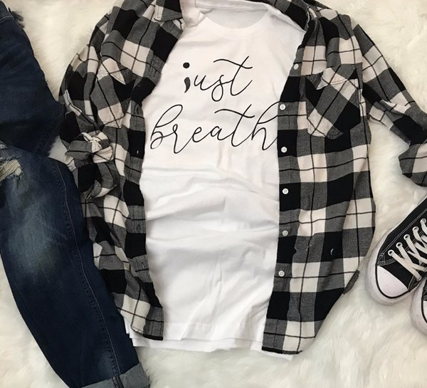 Women's Tee Just Breathe T-shirt Pastel Aesthetic Wanderlust Aesthetic Slogan Women Fashion Young Style Cotton Shirt Quote Girl Gift Tees