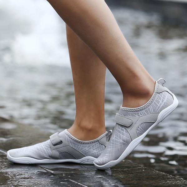 Erkekler Kadınlar Yoga Spor Swim Hızlı Dring Sandalet Moda Sörf Yüzme Kaymaz Yalınayak Cilt Su Ayakkabı Aqua Plaj Ayakkabı Boyutu 35-46