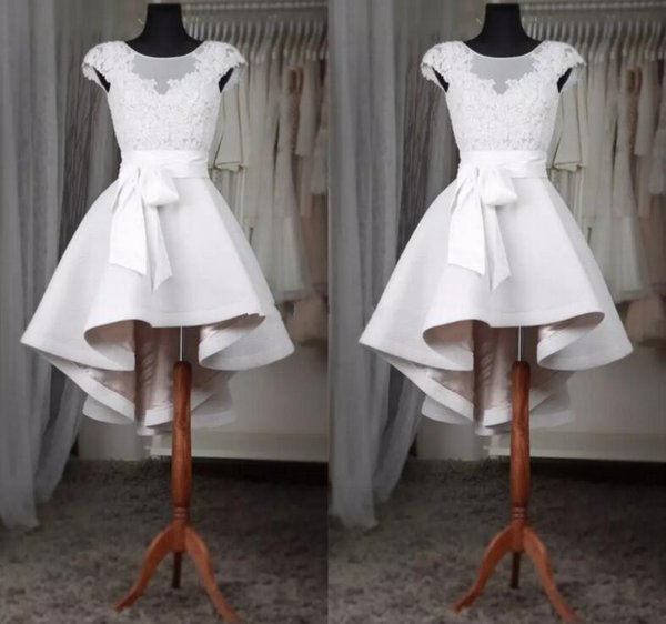White Short Prom Dresses Bateau Sheer Neck Cap Short Sleeves High Low Designer satin A line Bows Applique Homecoming Cocktail Party Dress