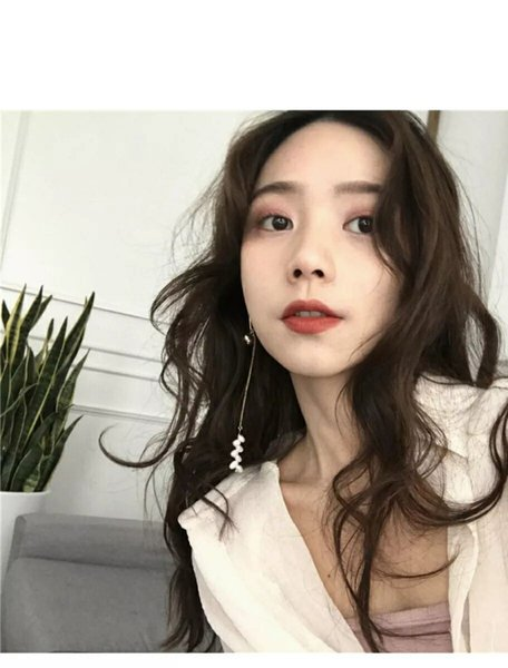 Korea fashionable fashionable fashionable person is long pearl tassel earring individual character 100 build chain condole to fall