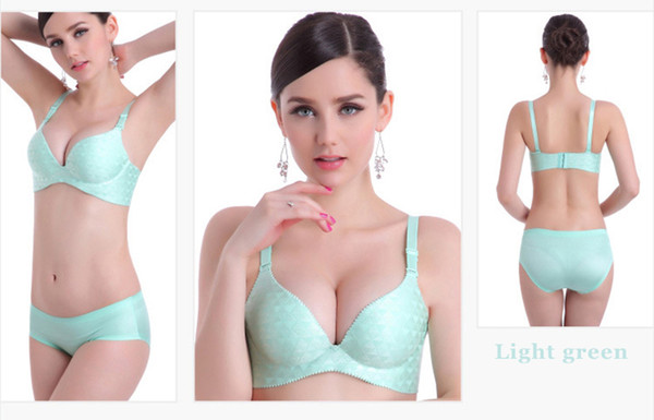 Special Beauty!Hot Sale!Light green color Wire Free One-Piece No trace Wearing skin-friendly Comfortable Deep V Push up Bra