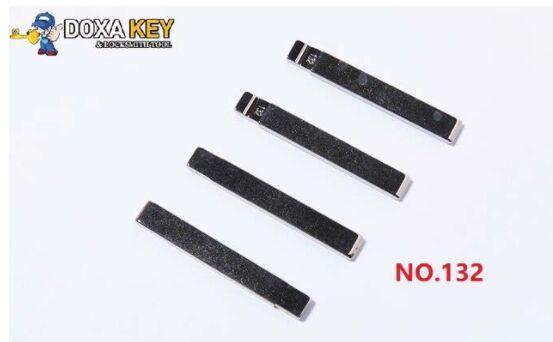 (5pcs) NO.132 Folding Flip Remote Car Key Blank For SGMW WuLing Uncut Blade