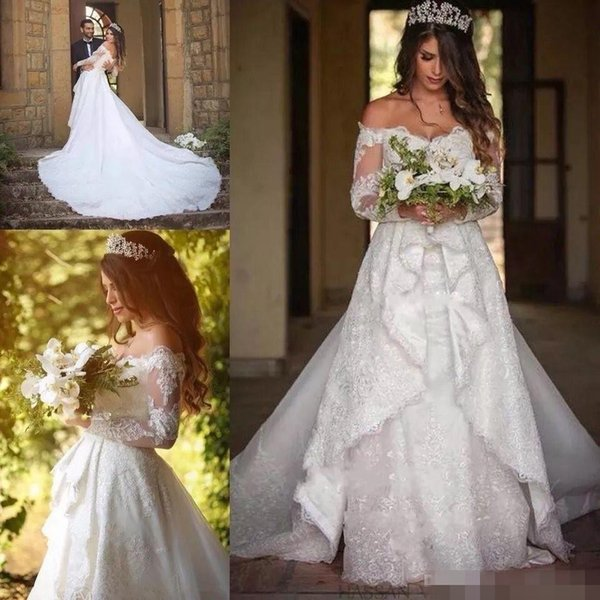 2018 Plus Size Full Lace Wedding Dresses with Detachable Train Off the shoulders Long Sleeve Button Back Wedding Gowns Robe De Mariage
