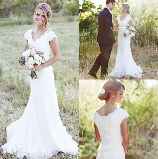 best selling Country Garden Lace Wedding Dresses Mermaid V Neck Cap Sleeve Wedding Bridal Gown Boho Beach Covered Button Reception Party Gowns