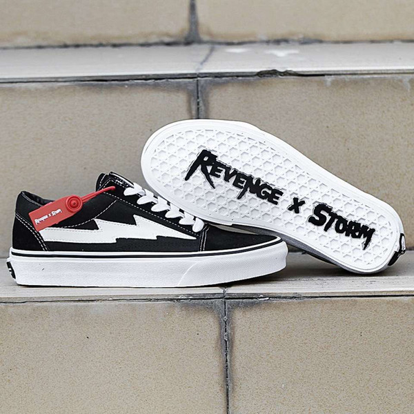 REVENGE X STORM Old Skool Top Quality Men And Women Canvas Shoes Skateboarding Shoes Fashion Casual Sneakers Skate Sports Running Shoes